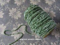 1920年代 アンティーク  刺繍用 シルクベルベットの紐  シルク製シェニール グリーン 20m シュニーユ糸