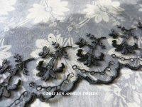 19世紀 アンティーク シルク製オーガンジーのレース 花模様 黒