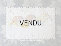 アンティークポストカード STE-CATHERINE 花のガーランド 3色のボネ