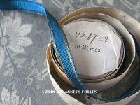 1920年代 アンティーク グログランリボン ゴールドのメタル刺繍入り 1.3cm幅 スモーキーブルー 1.75m