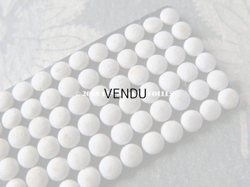 画像3: アンティーク ドール用 5mm弱 リネンのくるみボタンのセット オフホワイト 12ピースのセット