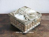 19世紀 アンティーク お菓子箱 パールブルーのリボン ドラジェ & チョコレート