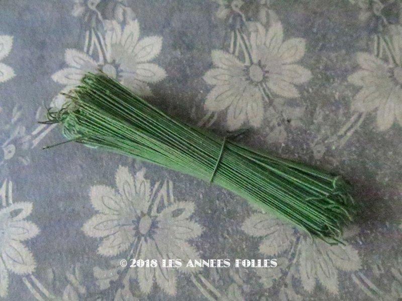 画像1: アンティーク コサージュ用 茎 ワイヤー グリーン 400〜500本 12cm