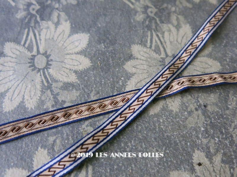 画像1: 19世紀 アンティーク リボン ダブルフェイス ブルーの縁取り&ブラウンの幾何学模様 1.7m 9mm幅