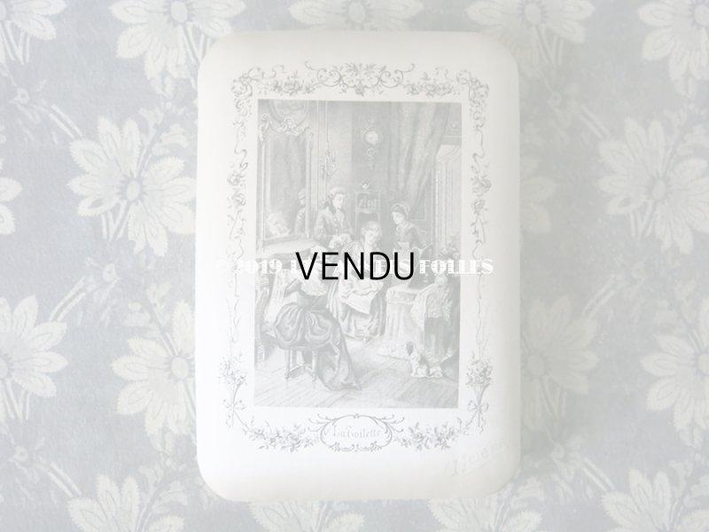 画像2: アンティーク シルク製 ドラジェのボックス 薔薇とリボンのガーランド LA TOILETTE HELENE