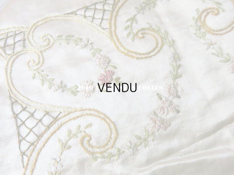 画像5: 【9周年セール対象外】 アンティーク リボン刺繍のパネル シルクサテンのファブリック