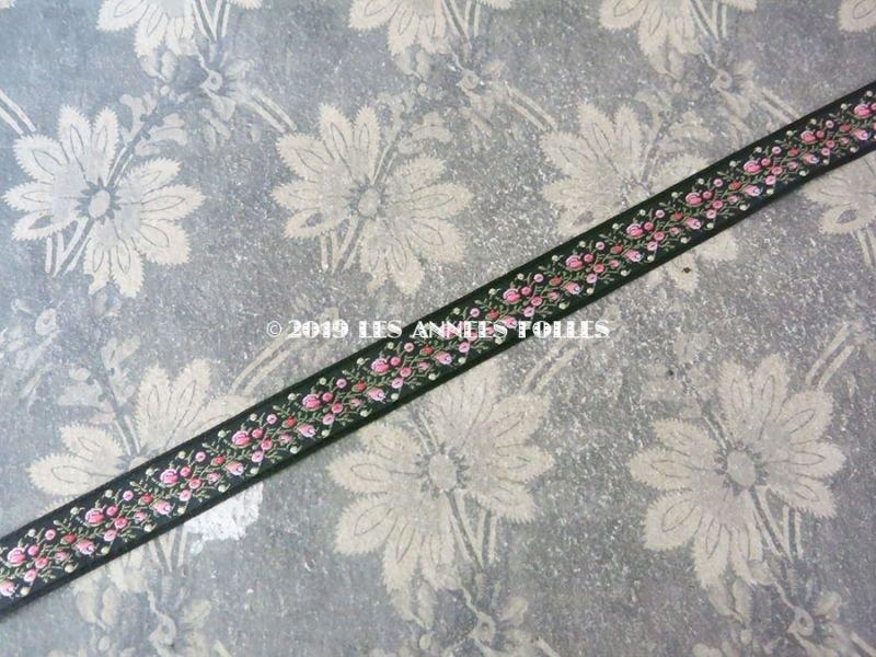 画像3: 未使用 19世紀 アンティーク シルク製 ジャガード織リボン 小さなピンクの薔薇模様 黒