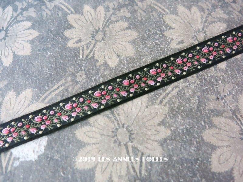 画像1: 未使用 19世紀 アンティーク シルク製 ジャガード織リボン 小さなピンクの薔薇模様 黒