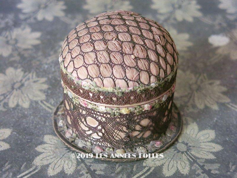 画像1: アンティーク ロココトリム付 ピンクッション & 裁縫箱