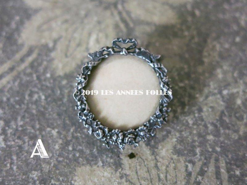 画像2: アンティーク リボンと花のガーランド フォトフレームのブローチ