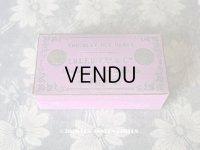 19世紀 アンティーク 菫色のチョコレートのお菓子箱 CHOCOLAT DES DAMES - IBLED Fres & Cie -