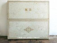 【10周年セール対象外】 19世紀末 アンティーク モノグラム入り シルクショールの大きな紙箱