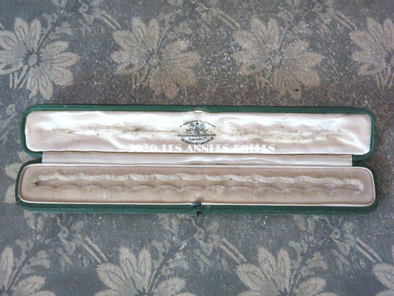 画像2: 19世紀 アンティーク 本革製 ジュエリーボックス  ブレスレット用 ダークグリーン