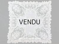 19世紀 アンティーク 大きなモノグラム刺繍入り 結婚式のハンカチ アプリカシオン・アングルテール (ボビンレース)