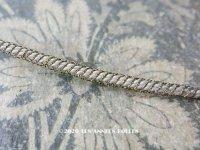 1900年代 アンティーク ドール用 極細 4mm幅 トリム ゴールドのメタル糸&ホワイト