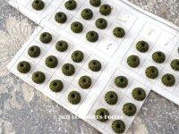 19世紀 アンティーク ドール用 極小 シルク製 くるみボタン 6ピースのセット 8mm モスグリーン