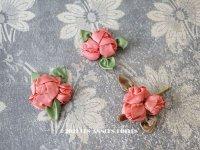 アンティーク ピンクの薔薇のロココモチーフ