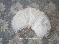 アンティーク フェザー オフホワイト 羽飾り ポンポン