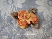アンティーク シルク製 薔薇のロココモチーフ 山吹色