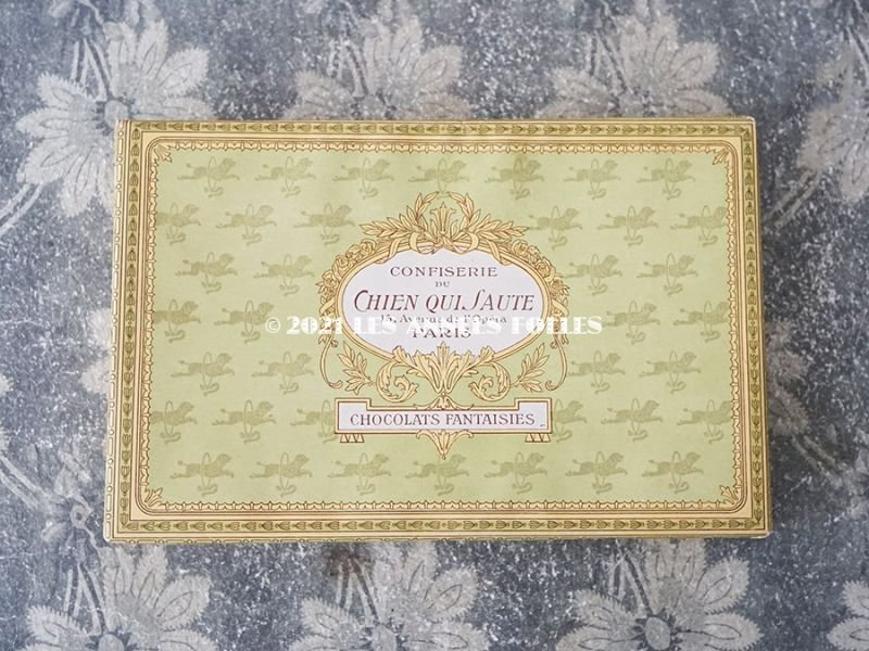 画像2: 1900年代 アンティーク チョコレートボックス お菓子箱  CHOCOLATS FANTAISIES - CONFISERIE DU CHIEN QUI SAUTE PARIS -
