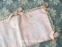 アンティーク 天使 & 薔薇のハンキーケース ポシェット ピンク フィレレース