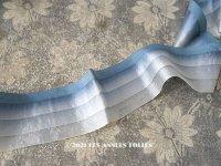 アンティーク シルク製  幅広 フリルリボン 3段 スモーキーブルー 幅 5.7cm