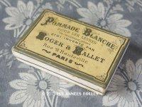 アンティーク リップスティックの紙箱 POMMADE BLANCHE POUR LES LEVRES - ROGER&GALLET PARIS -